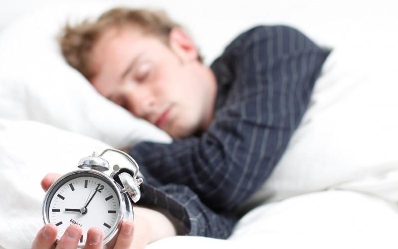 کم خوابیدن